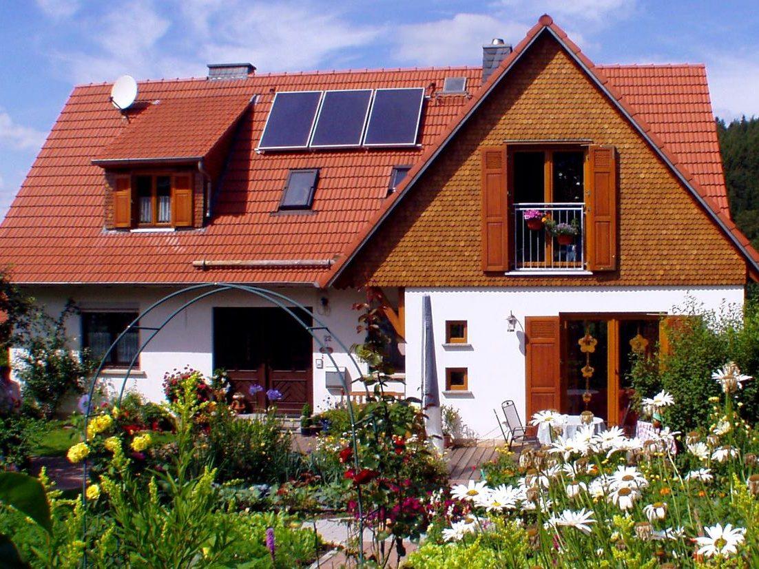 Holzschindeln Dachgeschoss Beispiel